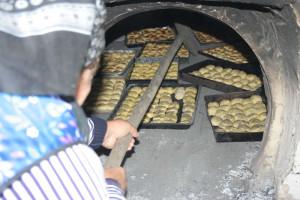 Kemenceavató és kenyérsütés a mándoki vendégházban