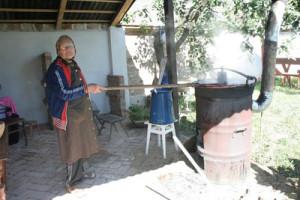 Szilvalekvárfőzés, Faluvégi Vendégház - Mándok